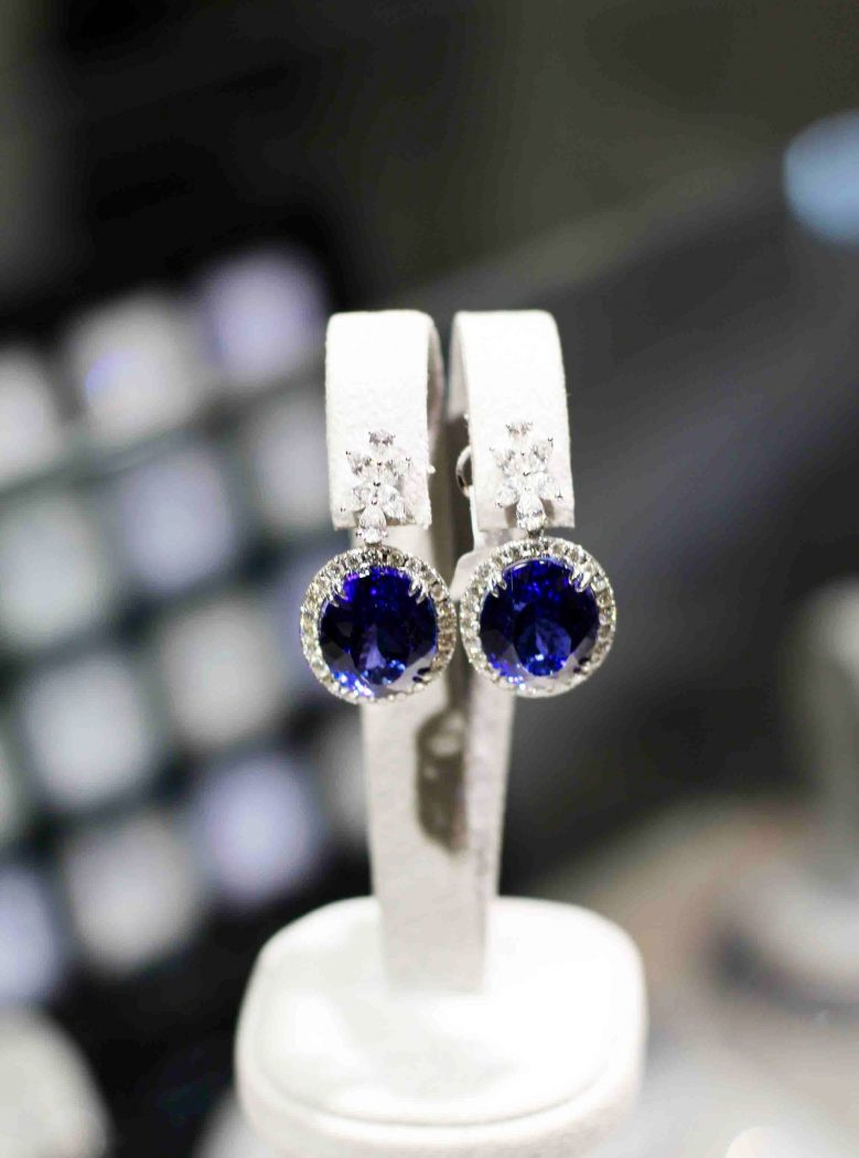 Tanzanite earrings at The Diamond Works
